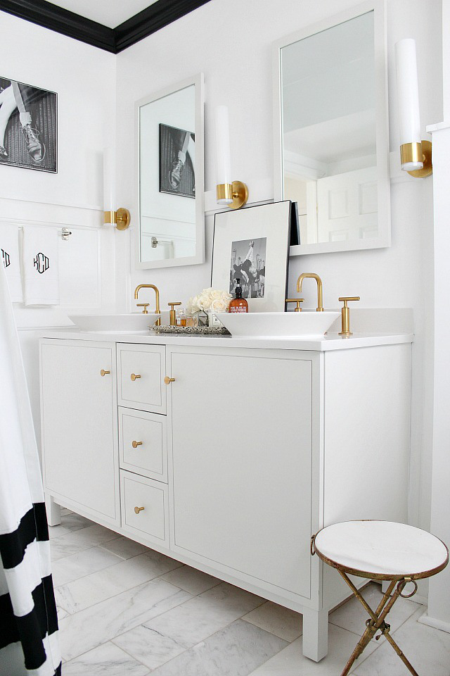 black-and-white-bathroom-makeover1