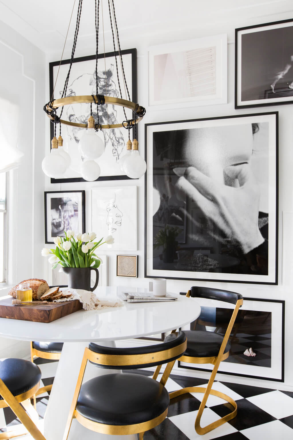 Brady-Tolbert_Emily-Henderson_Black-and-White-Kitchen_Vintage_Apartment-Refresh_Wood_Brass_Checkered-Floor_Copper-Pots_Eclectic_Glam_Modern_Traditional_5-1024x1536